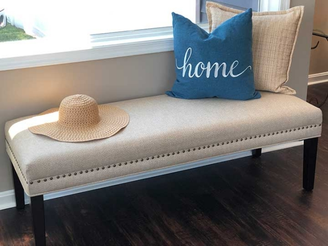 Unique Home Staging gallery – bench